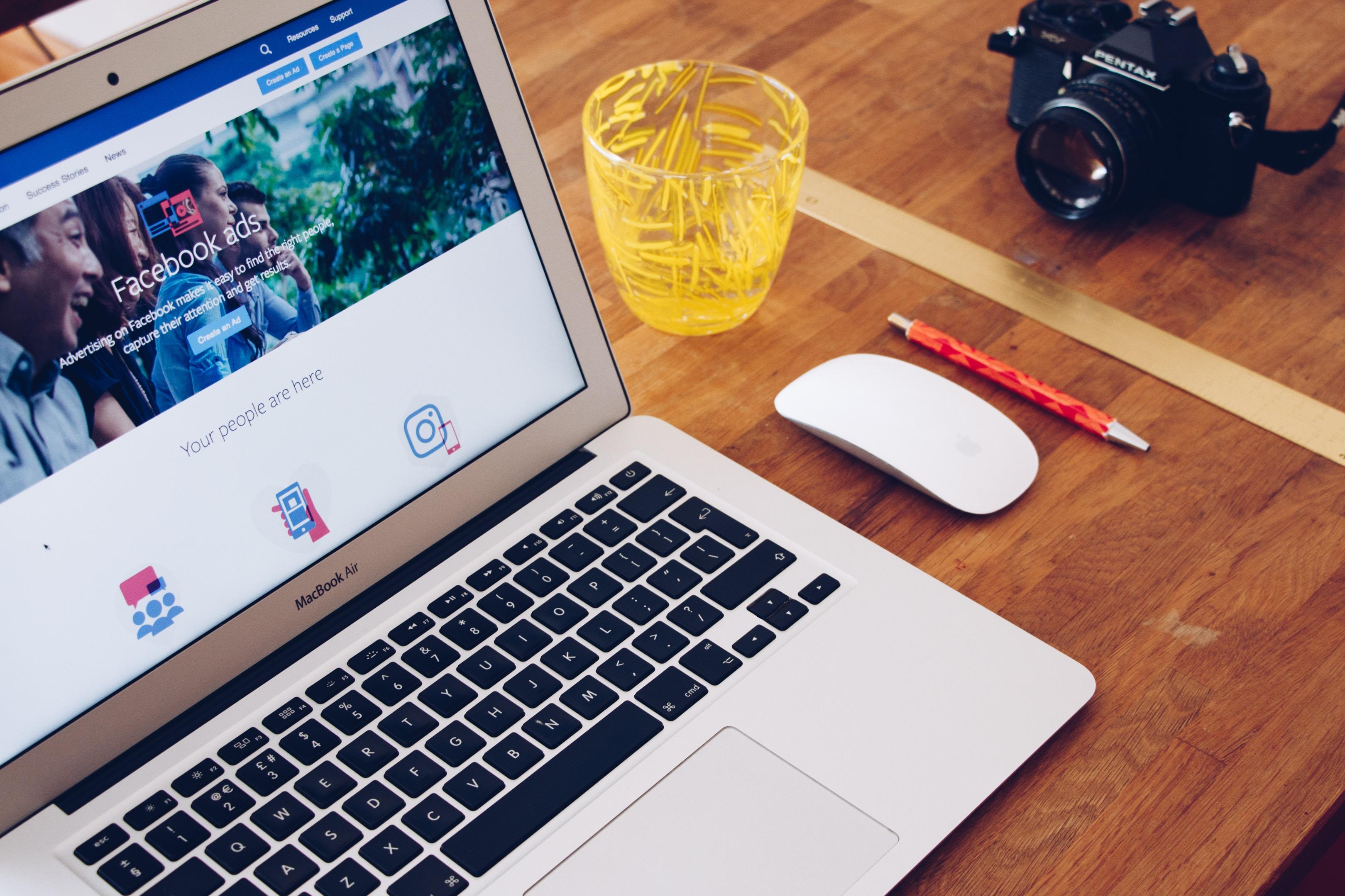 Facebook, parmi les réseaux sociaux privilégies pour les professionnels du tourisme