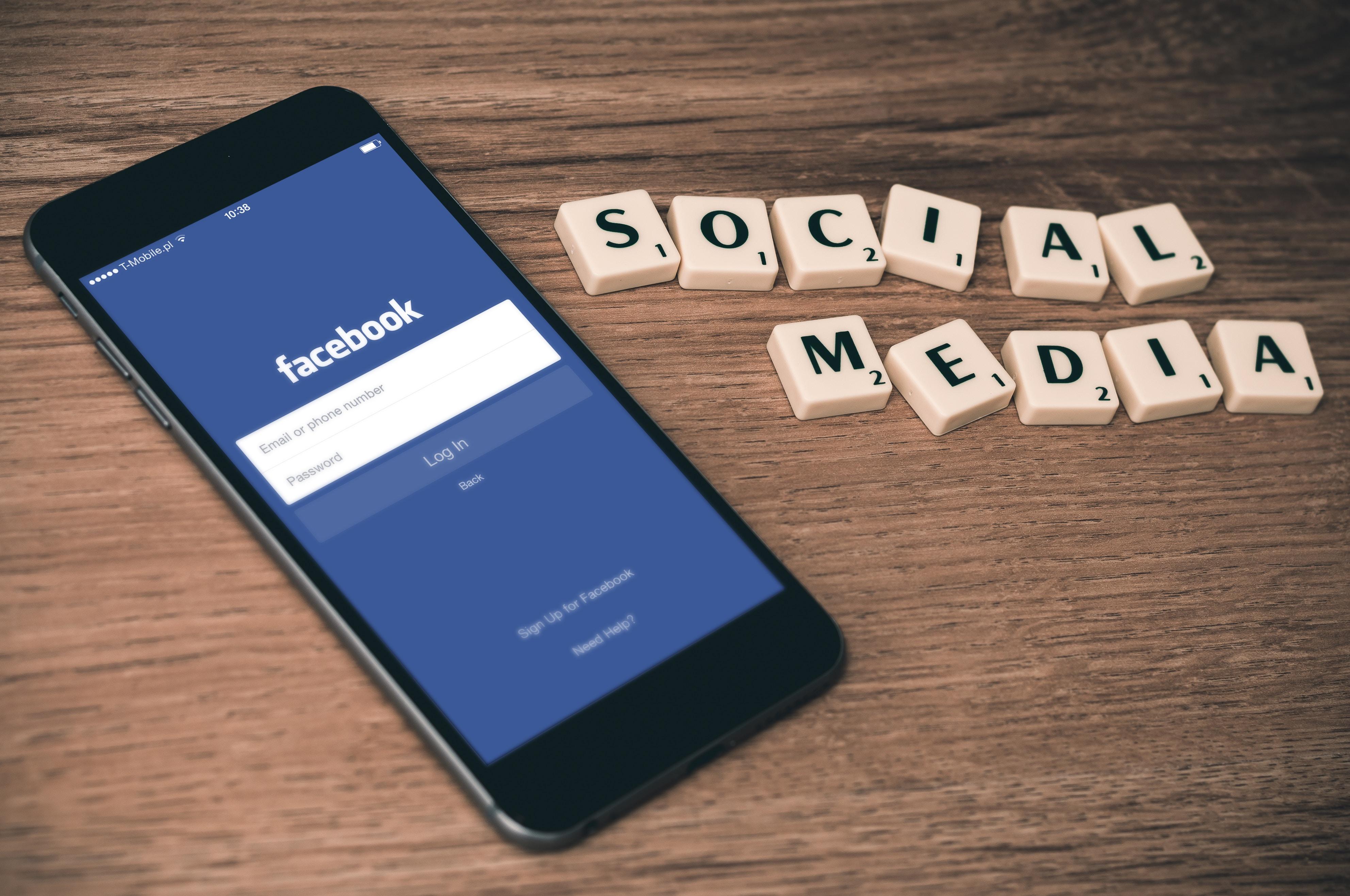 Les réseaux sociaux à usage touristique